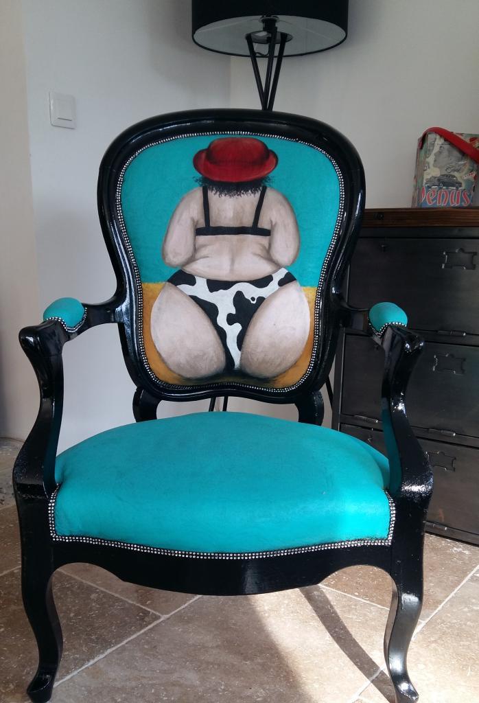 fauteuil voltaire . dossier